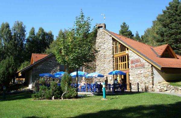 hotel_na_jezere